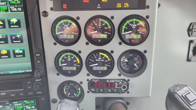 N4865P New Engine Gauges