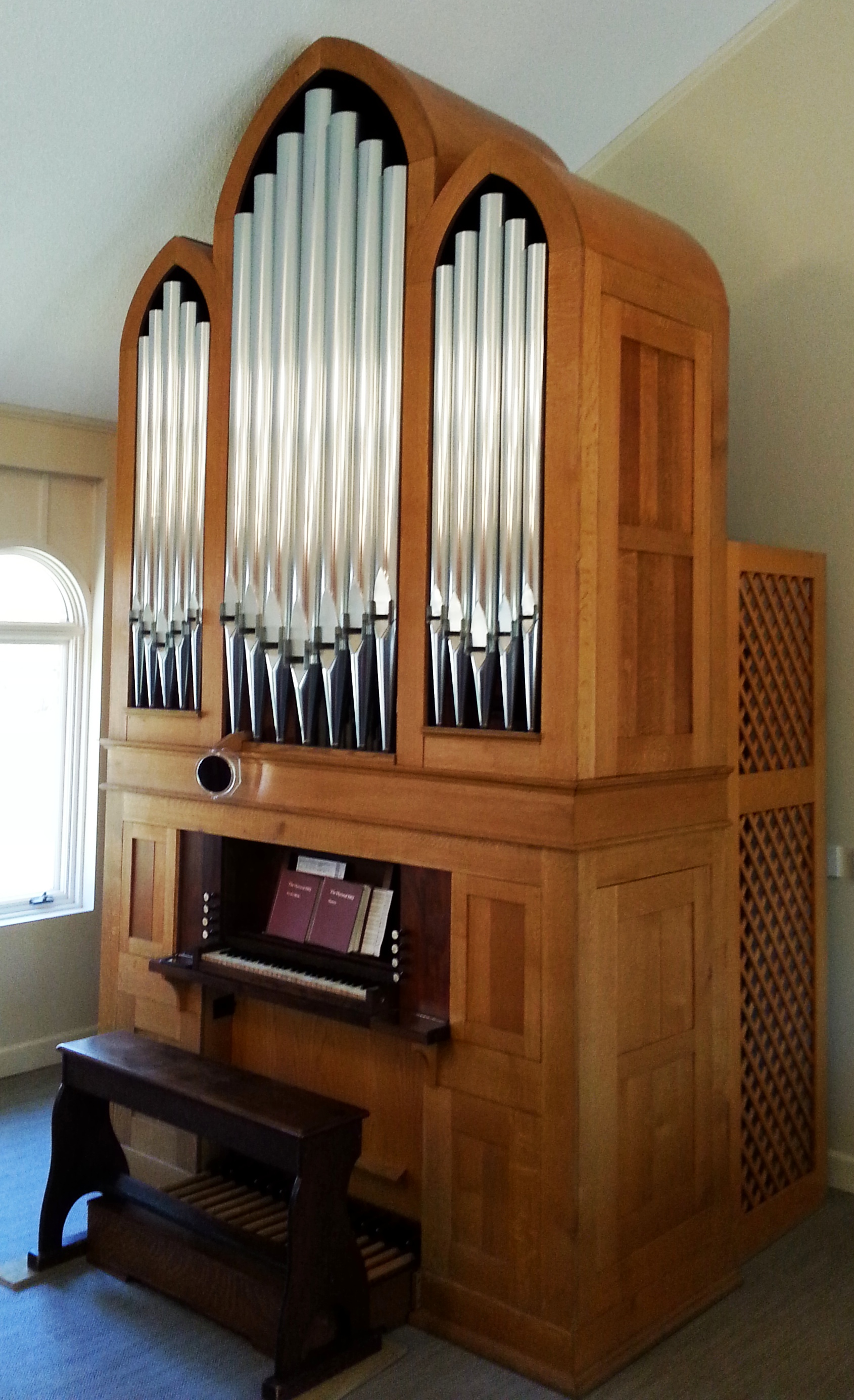organ angled
