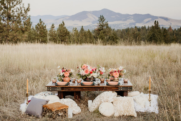 Lush Terracotta and Salmon Weddign Tablescape