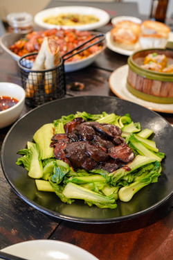 Steamed Chinese bok-choy and mushroom with soy sauce