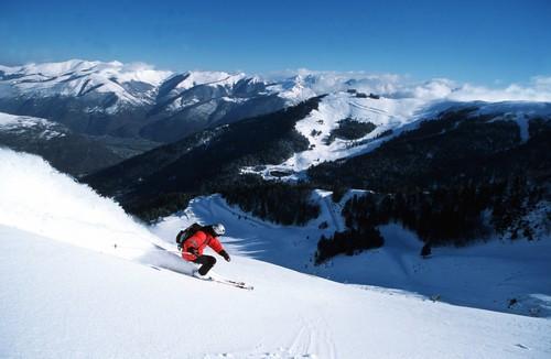 4.Skieur Station Luchon Superbagneres Py