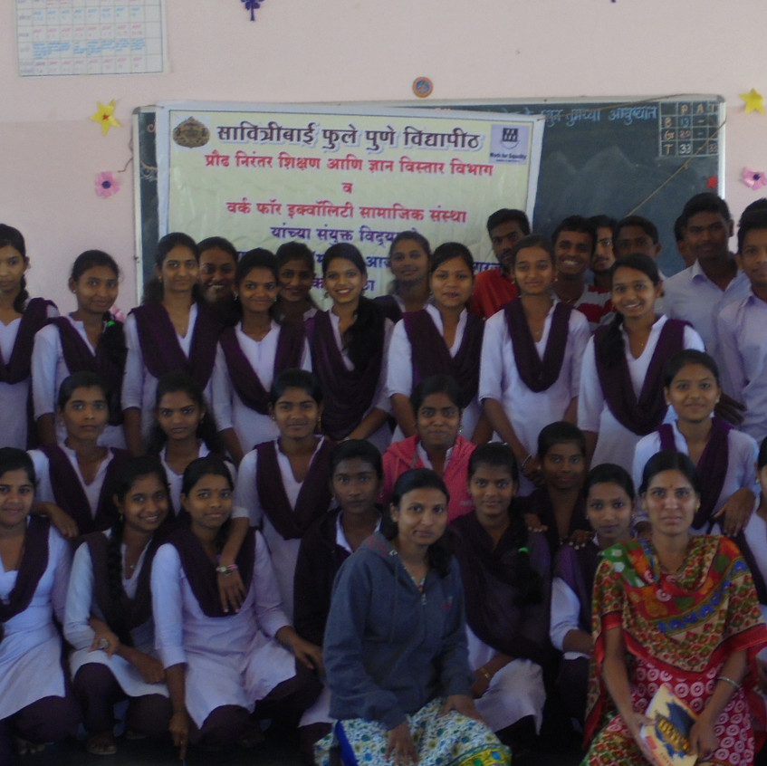 students with resource persons