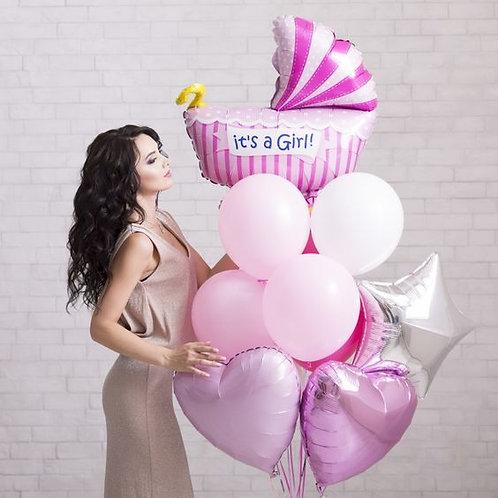 Фонтан розовый с коляской