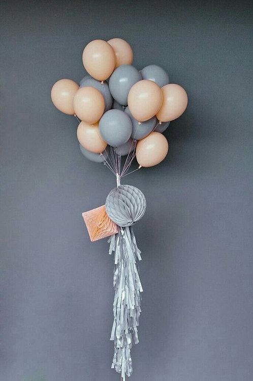 Шары серый и персик пастель