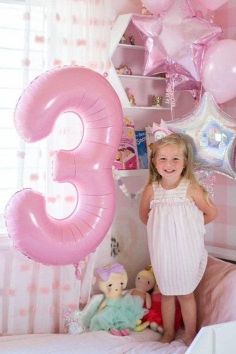 Шары цифры розовые пастель