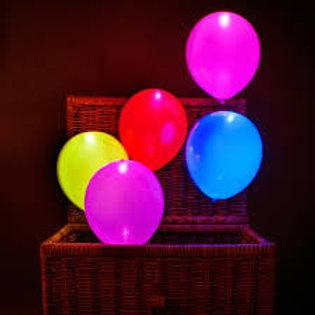 Коробка сюрприз со светящимися шарами