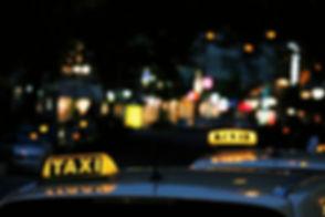 taxi-iceland.jpg