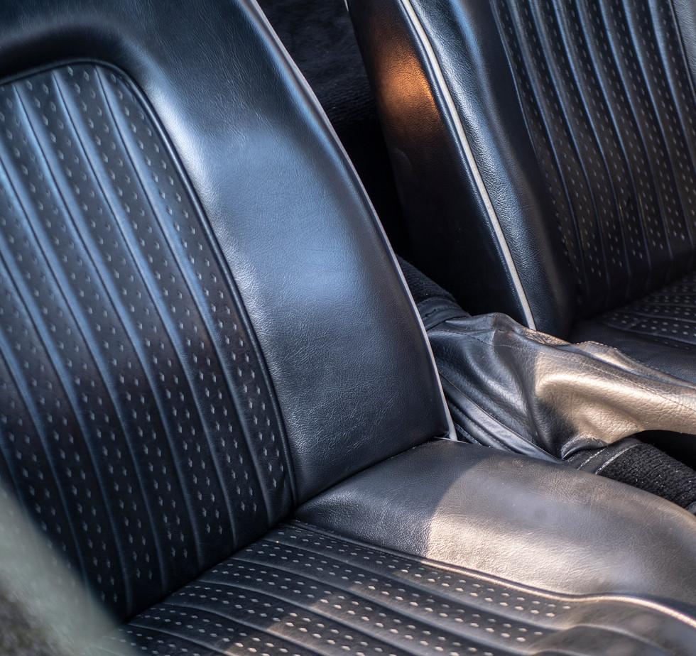 Triumph TR250 4.jpg