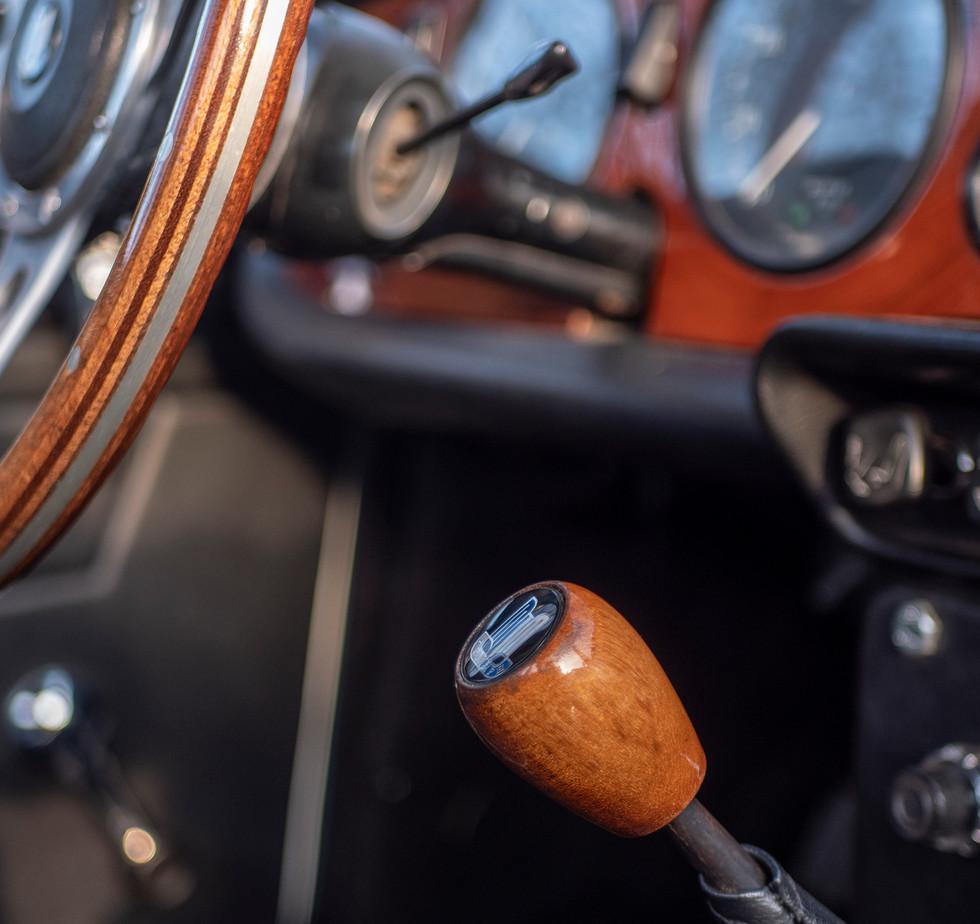 Triumph TR250 3.jpg