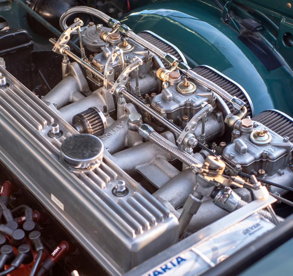 Triumph TR250 11.jpg