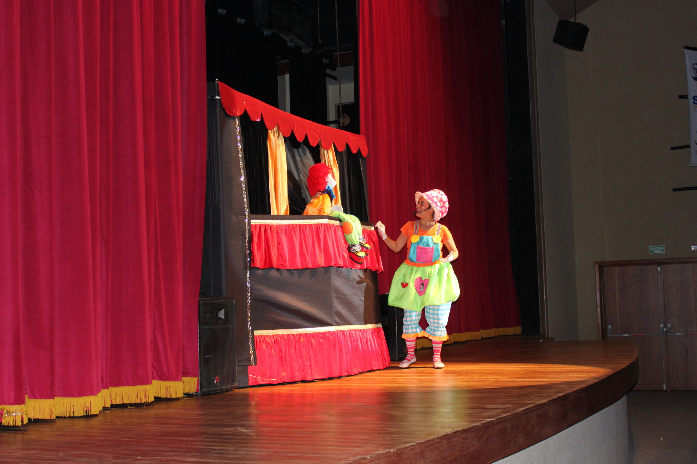 Apresentaçao teatro brasilia.
