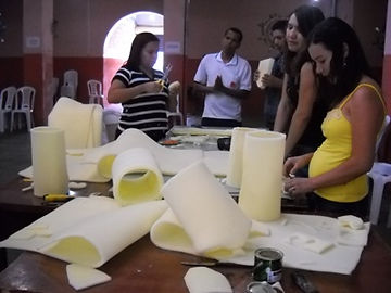 Oficina para professores e profissionais das artes plasticas. Educaçao infantil.