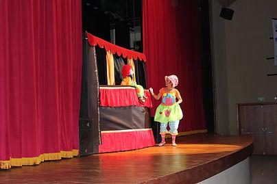 Teatro de bonecos profissional.Teatro infantil em escolas. Projeto escolas. Teatro de animação. Cia de teatro los titiriteros 20 anos de experiência na arte de manipulação e confeção de bonecos.