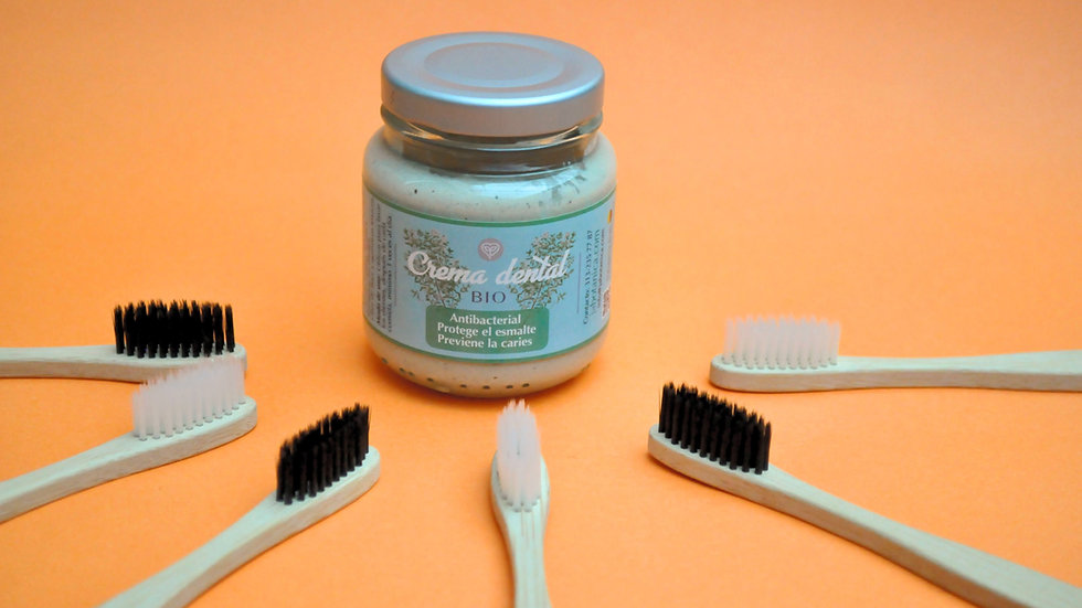 Crema dental libre de flúor