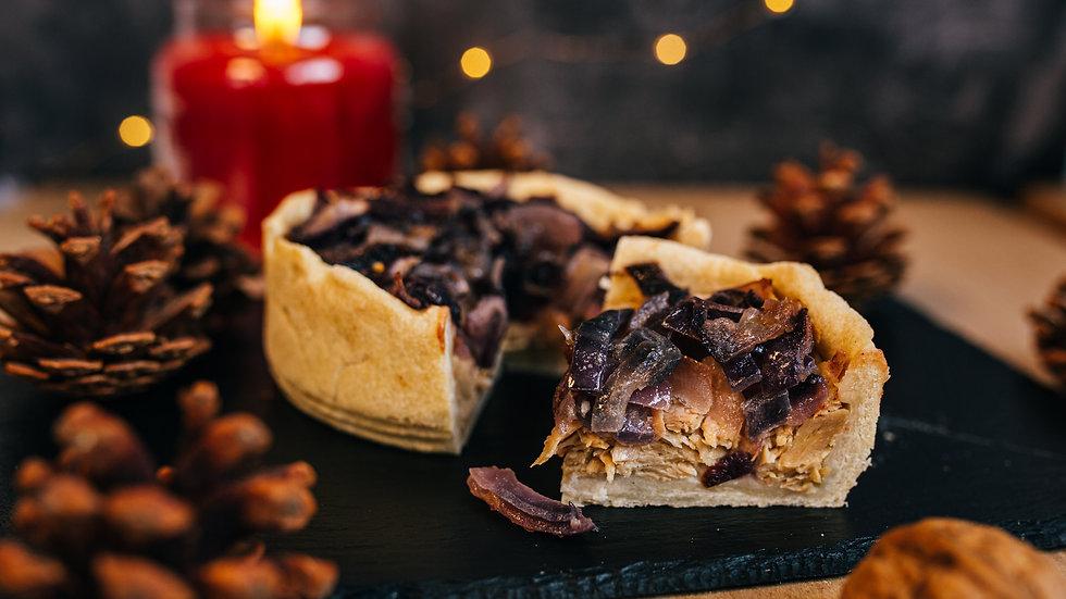 Vegan Pork, Apple & Caramalised Onion Sharer Pie