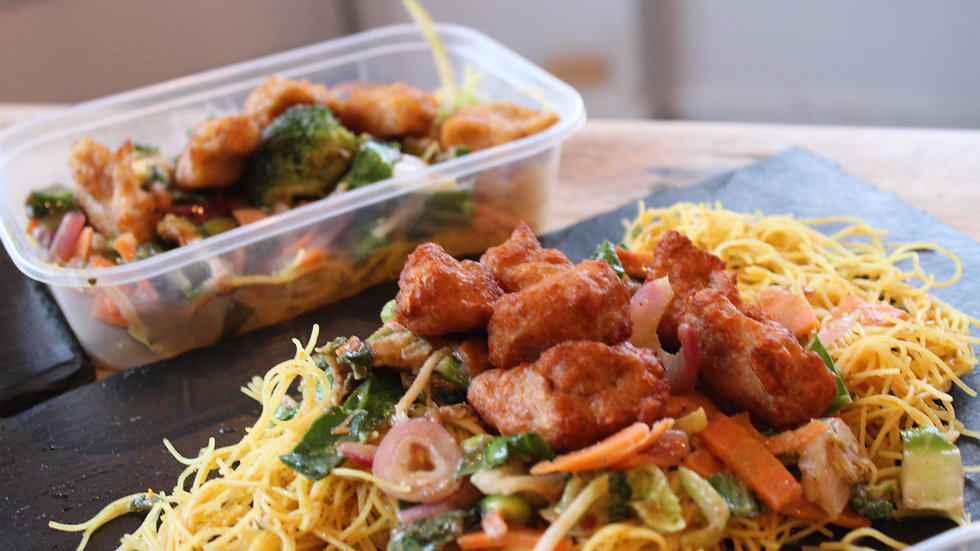 Vegan Plum Chicken & Singapore Noodles (pack of 2)
