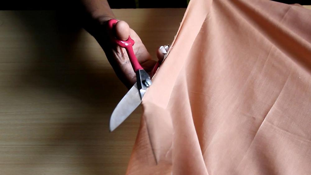 slashing fabric along grain lines