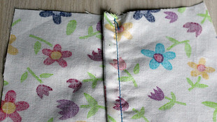 Sewing 111 - How to sew Open and Closed (French) Seams