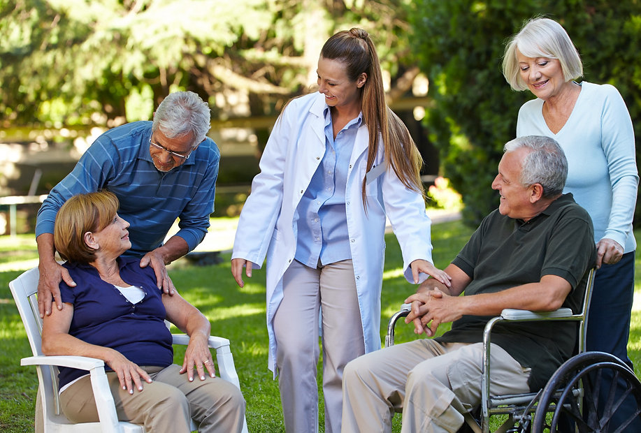 Many%20seniors%20relaxing%20in%20a%20park%20of%20a%20nursing%20home%20with%20geriatric%20n