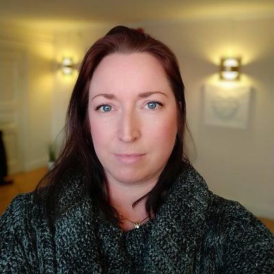 Åsa Fröberg Ek, samtalsterapeut, terapeut, samtalscoach, handledare, personalvetare, psykolog, terapi, Upplands Väsby, psykosyntes, samtalsstöd