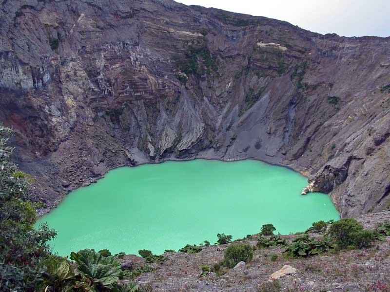 Volcan Irazu.jpg