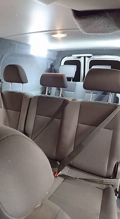 VW Caddy Maxxi Extra Seats