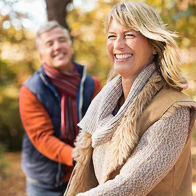 Paar-Herbst-Immunsystem-spaziergang.jpg