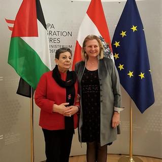 """Dr. Hanan Ashrawi: """"Wir erwarten mehr politisches Engagement von den Europäern"""""""