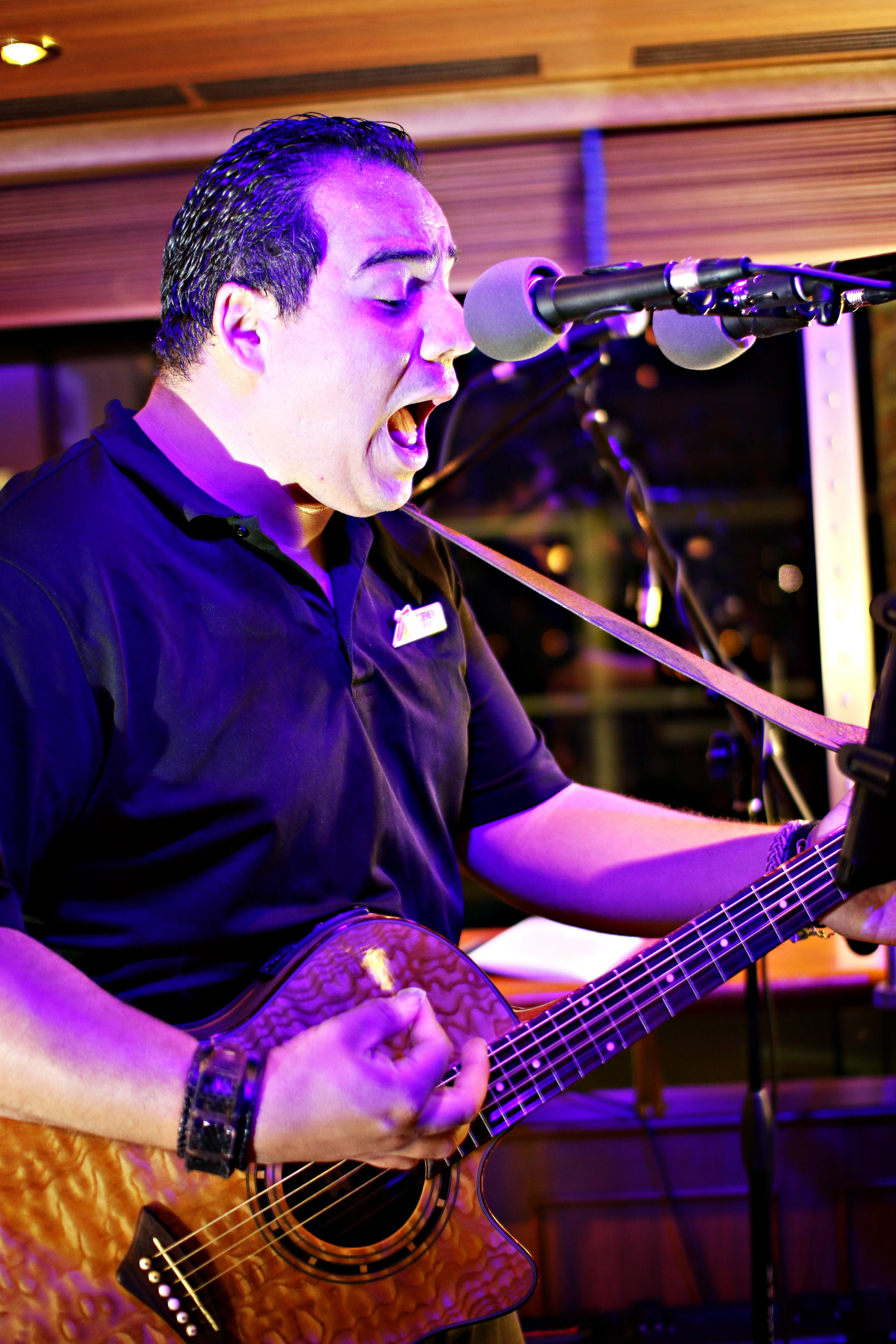 Carnival Cruise Guitar Soloist