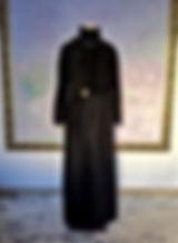 真行寺君枝が縫った黒のカシミヤのロングコート