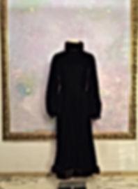 真行寺君枝が縫った黒いベルベットのワンピース