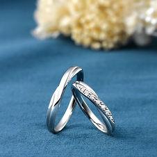 サムシングブルー結婚指輪