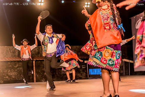 Danse du Perou