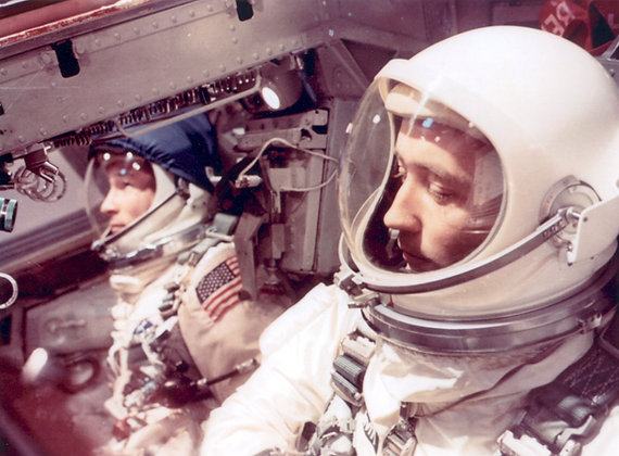 Spaceflight w Author Kevin Salveson + books & DVDs