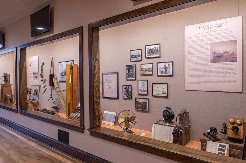 009 IBEW HMiller Museum_Sachs_Sept2106-m