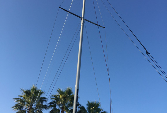 Whale-Spars-Etchells-mast-from-Andrew-Do