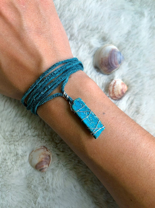 Mermaid essential jasper suede necklace wrap