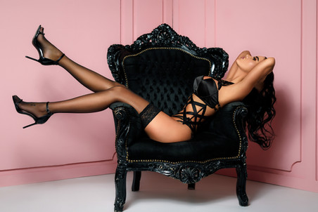 Celebrity Boudoir: Daniela Crudu at PNK Teddy Bear Studio