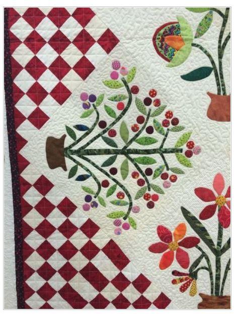 Flourishes quilt close up