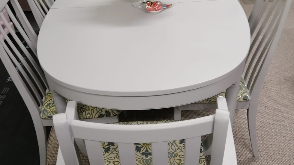 6 - 8 Seater Dining Room Set