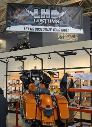 Harley-Davidson LHD Customs Banner