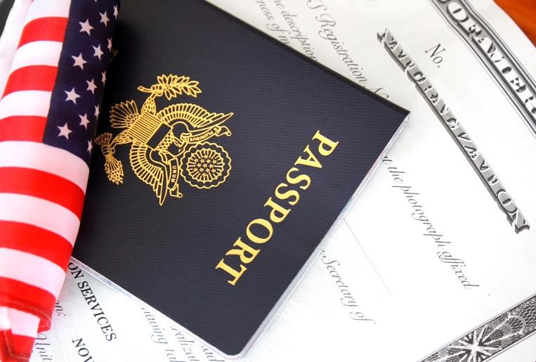 Naturalización americana, pasaporte americano