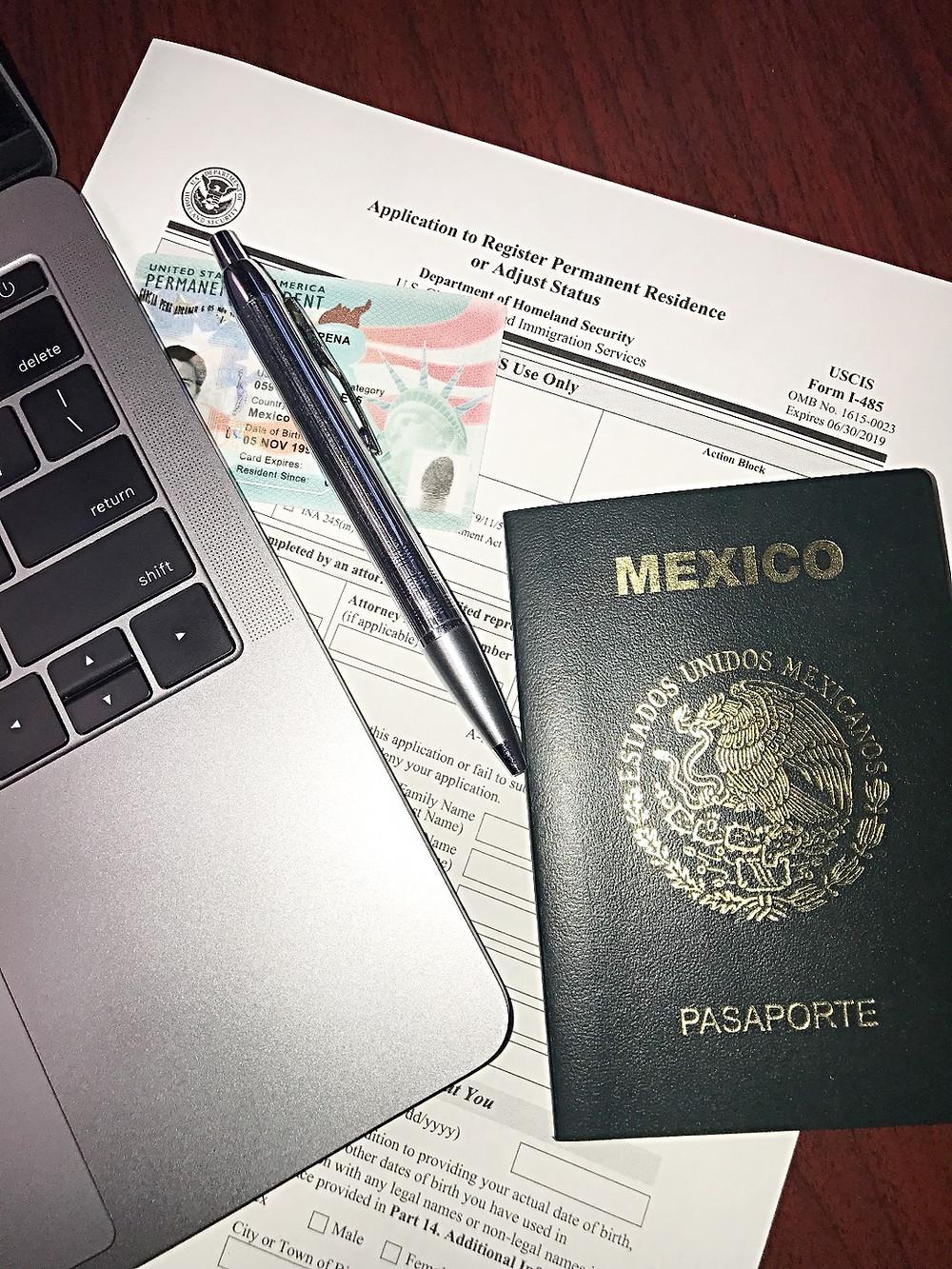 Residencia Permanente, ajuste de estatus, IVX Inmigracion y visas