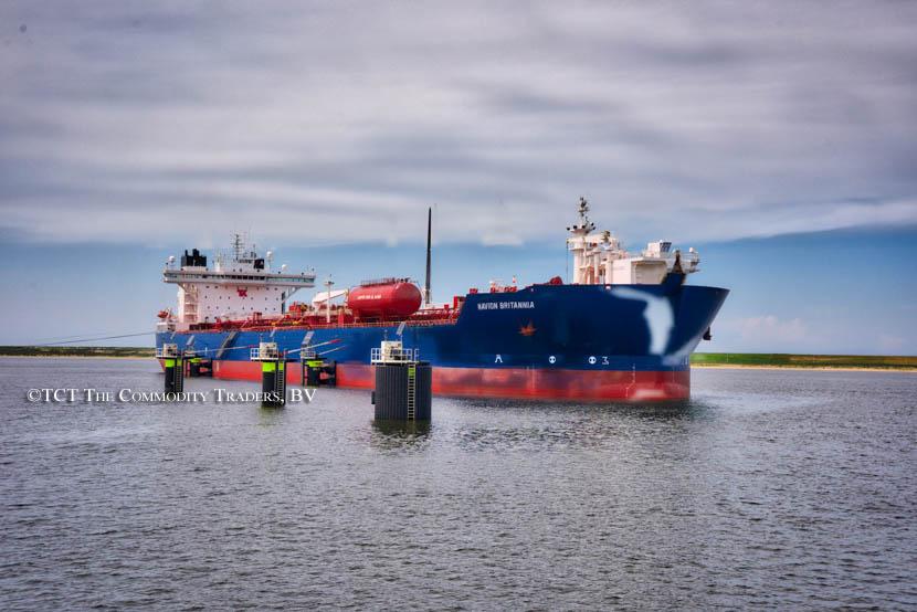 Navion Britannia (Oil tanker)
