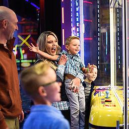 Family-Arcade-game.jpg