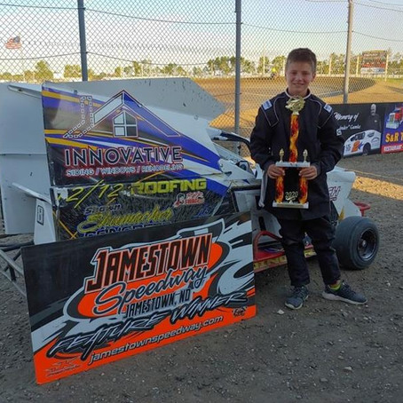 Jamestown Speedway Thrills as Edinger Scores Win