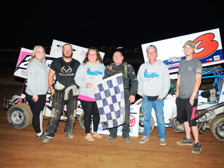Pete Skias wins The Hawk; Scicchitano in Modified Thriller