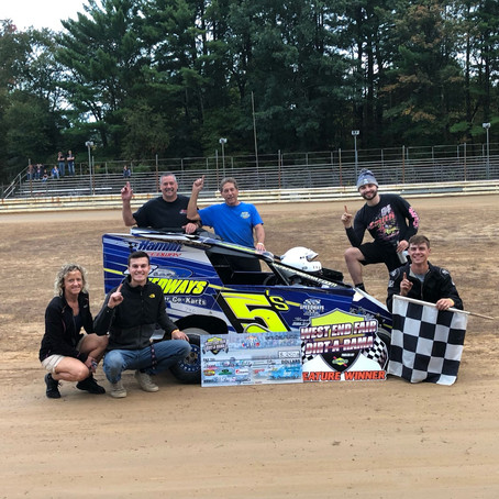 Neary and Hendricks are Dirt-A-Rama West End Fair Winners