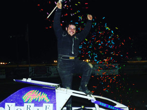 Hitzler wins the 50 &Morral 600 Micro Sprintvictor; TK & Carraghan Clintch Titles