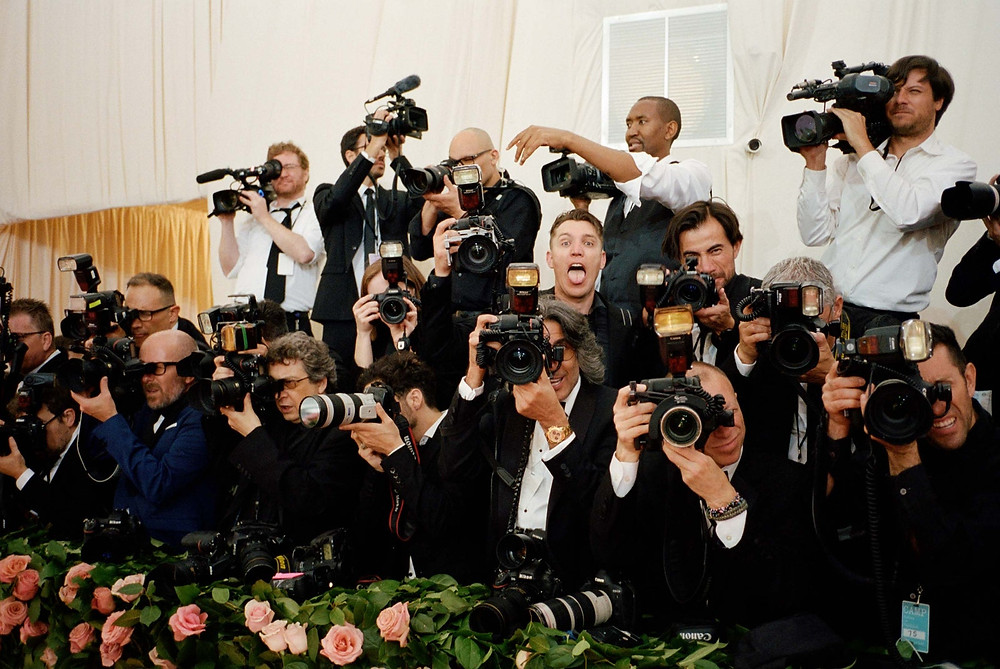 cameras,paparazzi,shot,flash